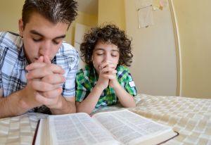 Parent Child Praying